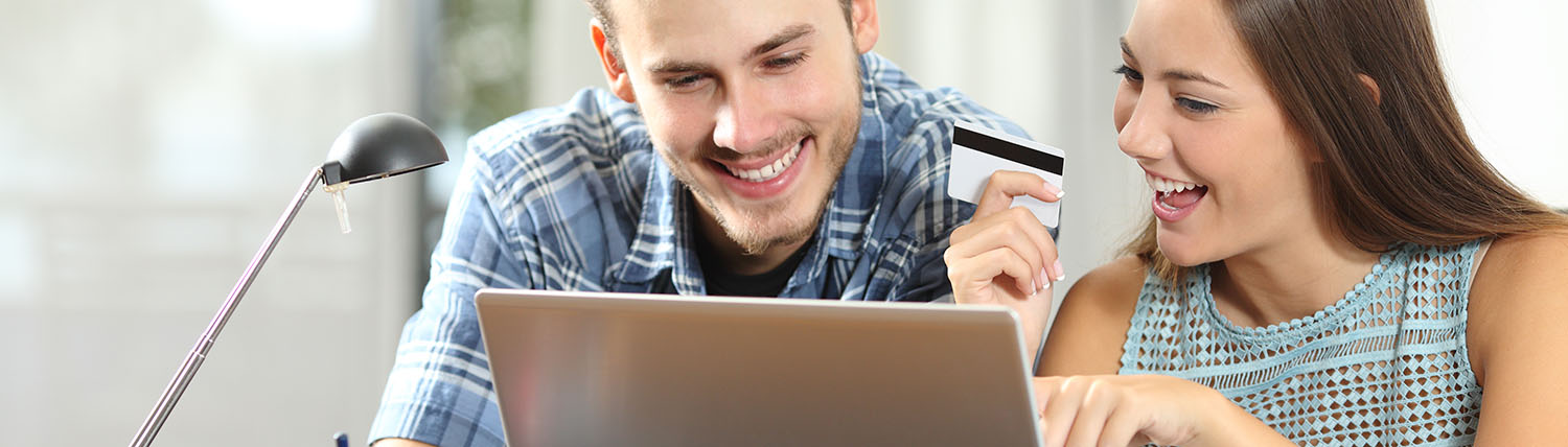 couple paying their rent online
